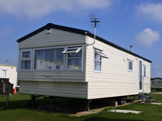 Holiday Let, West Sands, Western Peninsula.
