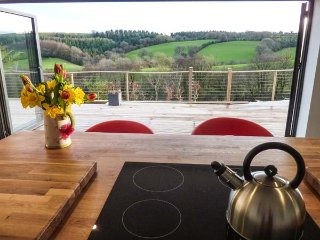 RAMSTORLAND STAG VIEW luxury, ground floor barn conversion, views, WiFi, open pl
