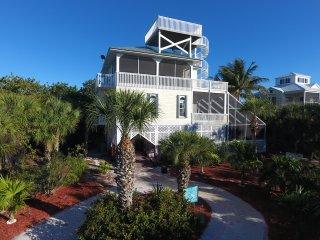 Beach Home w/ Screened In Pool, Hot Tub, Elevator