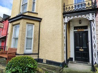 BELMONT HOUSE, many attractions nearby, Llandovery, Ref 935926
