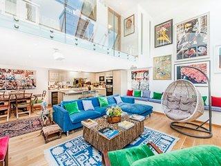 Veeve - Chelsea Art Apartment
