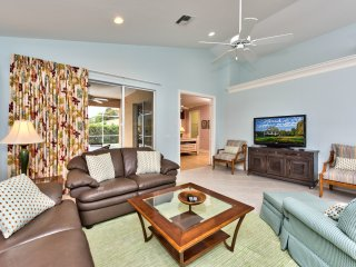Living Room with Entrance to Pool Area; Flat Screen TV, Fan, Ample Seating; Perfect for Movie Night! New Decor as of 2016!