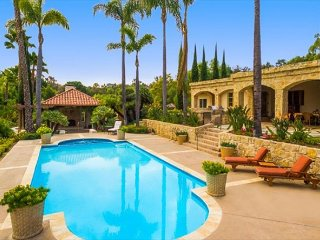 15% OFF MAR - Sprawling Country Estate w/ Pool, Tennis Court & More