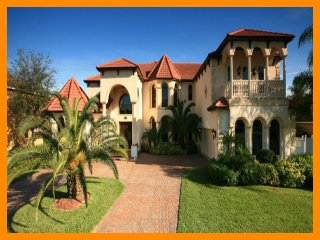 Formosa Gardens 1 - villa with pool , game room and home theater near Disney