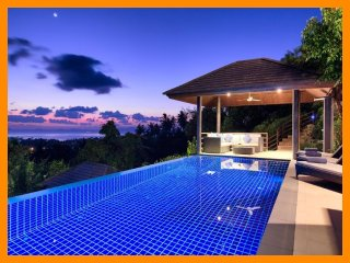 1206 - Infinity edge pool and panoramic seaview