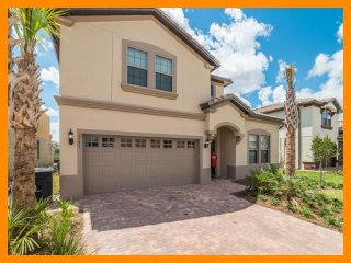 Windsor at Westside 30 - Exclusive villa with pool and game room near Disney