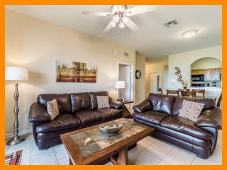 Windsor Hills Resort 189 - Premium condo with communal pool near Disney
