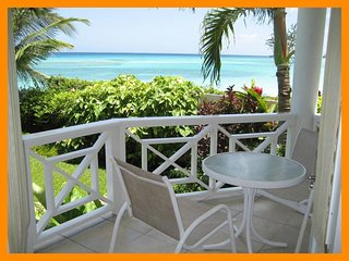 Nautilus - Condo - Beach access - Private balcony