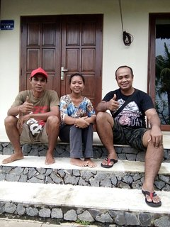 Meet the team of Villa Nusa Indah! They will do their best to make it a memorable stay!