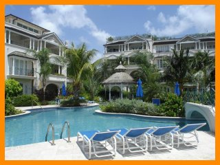 Luxury, 3 bedroom beachfront apartment with stunning sunsets, Mullins