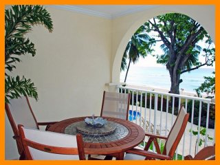 Sapphire Beach 109 - Beachfront condo with communal pool and direct beach access