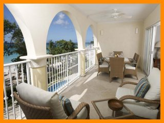 Sapphire Beach 205 - Beautiful beachfront condo