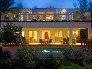 Barbados 199 - Beachfront villa with private pool and gym, near golf course