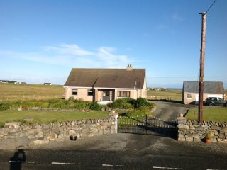 BURNVALE Self catering , comfortable holiday home, Shawbost