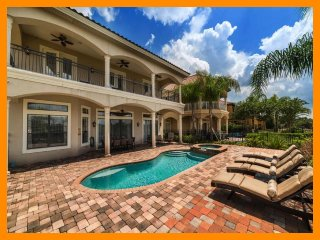 Custom 5 bed - Private pool and Spa - Golf Views - Games room, Reunion
