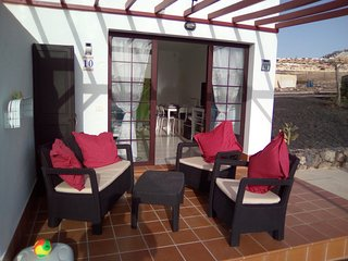 1 bedroom luxury poolside bungalow, Caleta de Fuste