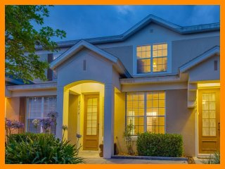 Fantastic Family Townhouse - Minutes From Disney, Four Corners