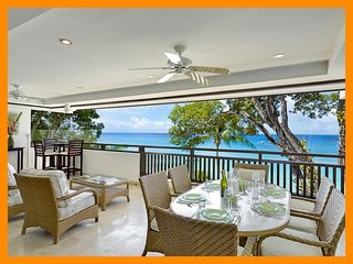Coral Cove 7 - Sunset - Beachfront - Huge terrace