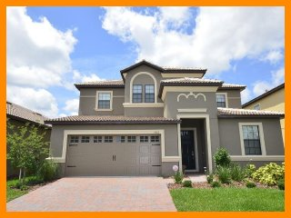 Championsgate 108 - 5 star villa with private pool and game room near Disney