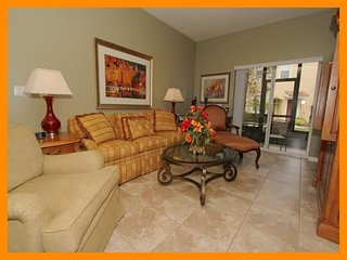 Luxury Family Condo - Close to Disney!, Celebration