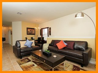 Amazing Family Friendly Condo with Games Room, Celebration
