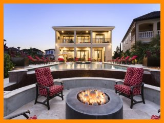 Reunion Resort 752 - 5* villa with pool, game room and home theater near Disney