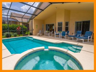 Luxury 3 Bed Villa - Private Pool and Games Room, Four Corners
