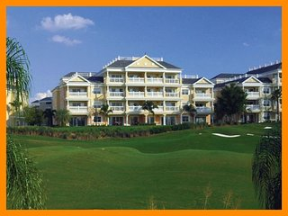 Reunion Resort 806 - Superior condo with free access to communal pool nr Disney