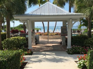 FLORIDA KEYS, ANGLERS REEF, ISLAMORADA - POOL, BOAT SLIP, KID-FRIENDLY