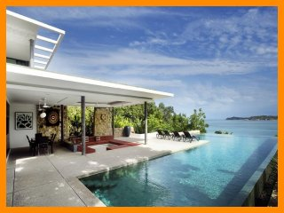 4090 - Unique and stylish with infinity pool and seaviews