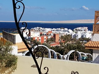 private roof terrace sea view pool 200m to the red sea 1km downtown free WiFi, Hurghada