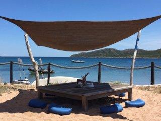 Location de caractère à 500 mètres de la plage de Maora.