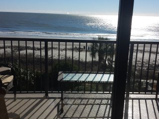 Oceanfront Luxury Condo with Free Wifi, Myrtle Beach