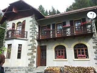 Casa Abetina,  un piccolo romantico castello