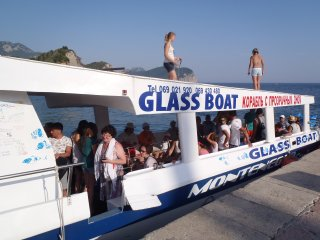 TAXI - GLASS BOAT ,,MONTENEGRO STAR""