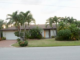 Beautiful house in Boca Raton - 1 block from the beach
