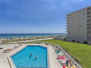 Fun in the Sun in Perdido Key! Gulf Front, Beach Front, Sleeps 4, Fresh Decor