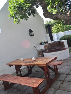 Braai Area guests can use
