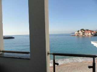 Amazing apartment on the sea foam, Sveti Stefan #B7