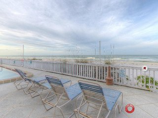Julie's Beachfront Getaway, Indian Rocks Beach