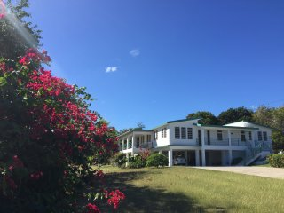 Villa Mia - Private Paradise House in Vieques - quiet and safe - rated 5 stars, Isabel Segunda