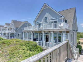 Island Drive 4276 Oceanfront! | Internet, Community Pool, Hot Tub, Jacuzzi, Fire