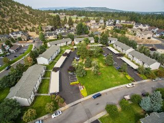 Newly remodeled, professionally decorated, East side apartment, Bend