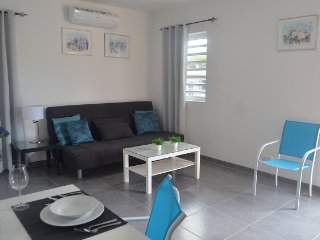 Résidence L' Orangerie  Apartment B - we would love to host you!, Willemstad