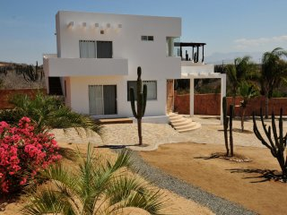 Come Stay at your own Private Gated Villa and Holistic Center Los Cerritos Beach