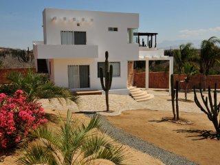 Come Stay at your own Private Gated Villa and Holistic Center Los Cerritos Beach, El Pescadero