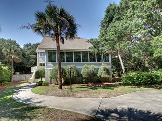 30 Beachwood West, Isle of Palms