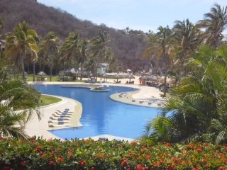 Huatulco, hermoso condominio dentro del hotel camino real, Crucecita