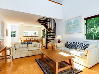 Whole duplex with private decks - perfect for a big group ski-cation!