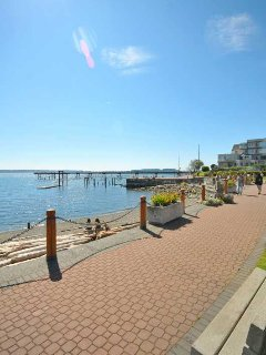 Sidney water front pathway